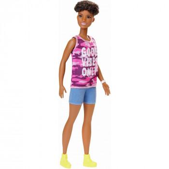 Barbie Fashionistas De La Muñeca, Rizado, El Cabello Corto, Vistiendo Pink Camo Superior -887961799569-0